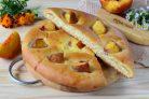 Хачапури с сыром и персиками