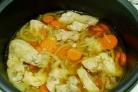 Тушеные овощи с курицей в мультиварке