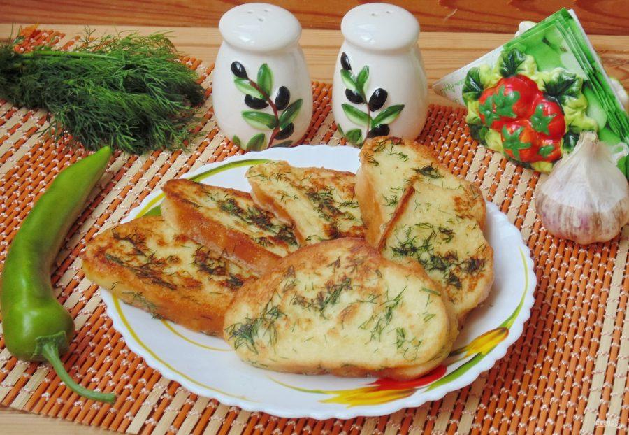 Гренки с чесноком и зеленью