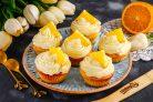 Капкейки с апельсиновым курдом