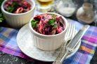 Салат с печенью и свеклой