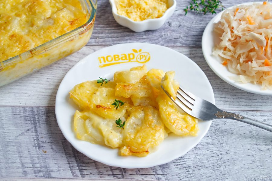 Запеченная картошка с сыром чеддер