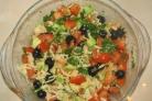 Салат из сыра и авокадо