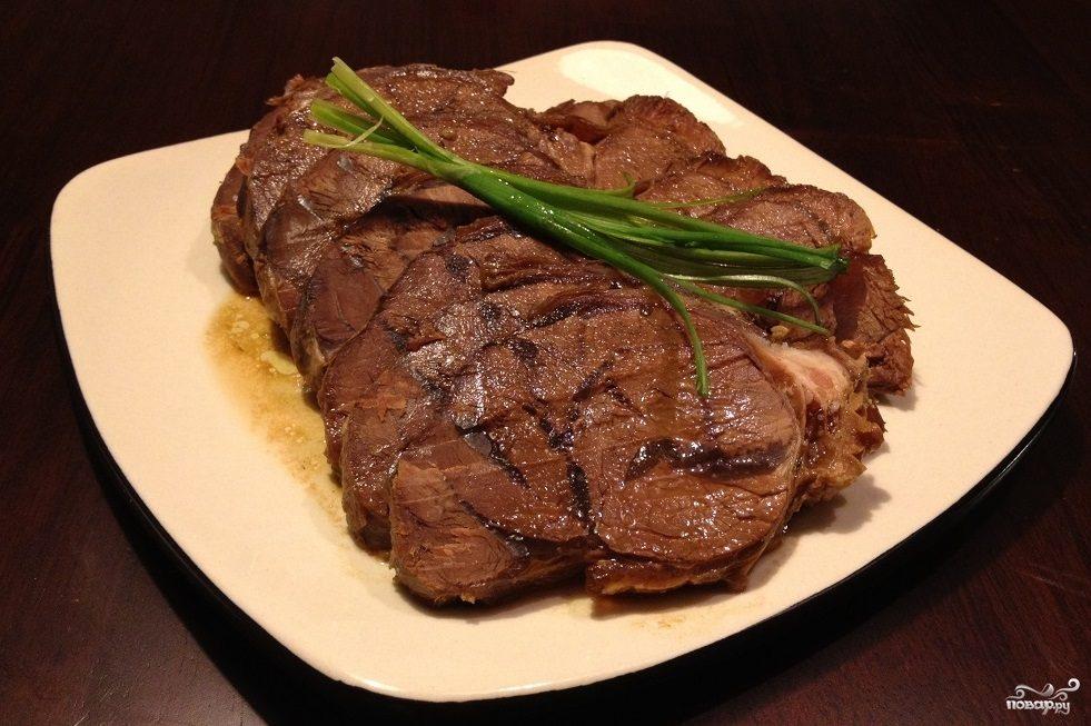 Мясо на косточке в мультиварке