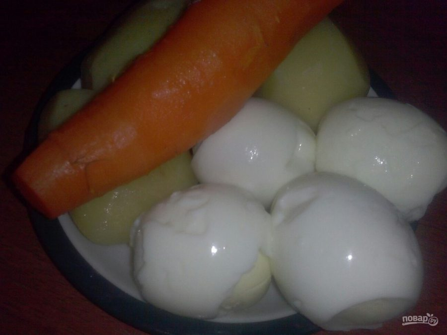 Салат с икрой сельди