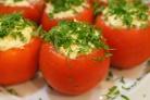Помидоры с яйцом и сыром
