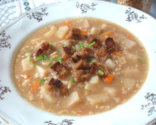 Суп гороховый с орехами