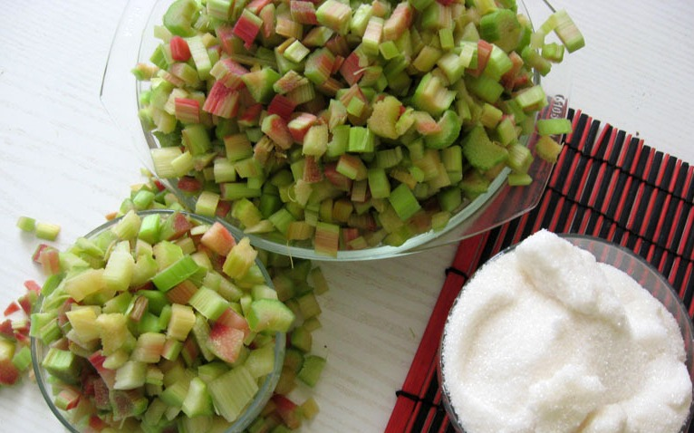 блюда из ревеня рецепты с фото помните
