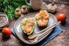 Авокадо фаршированное креветками