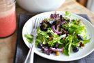 Легкий салат со сладким соусом