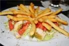 Салат с картошкой фри