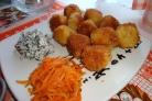Картофельные шарики с сыром