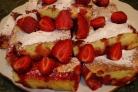 Быстрый пирог с клубникой