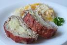 Мясной рулет с картофельным пюре
