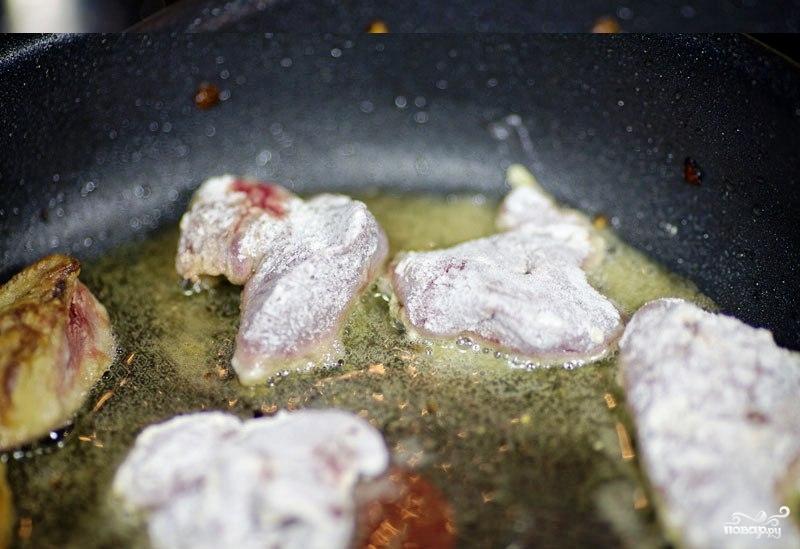 Куриная печень, жареная с луком