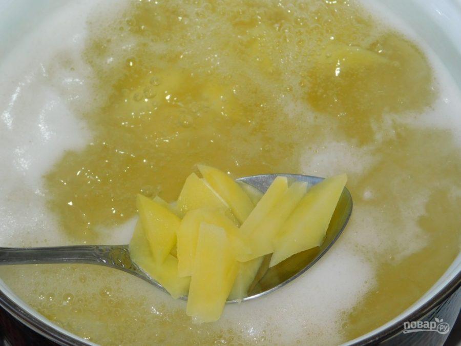 Простой овощной суп с кабачками