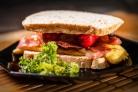 Бутерброд с сосиской