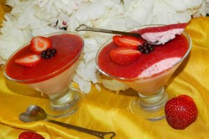 Клубничный мусс-десерт