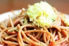 Спагетти с помидорами и чесноком