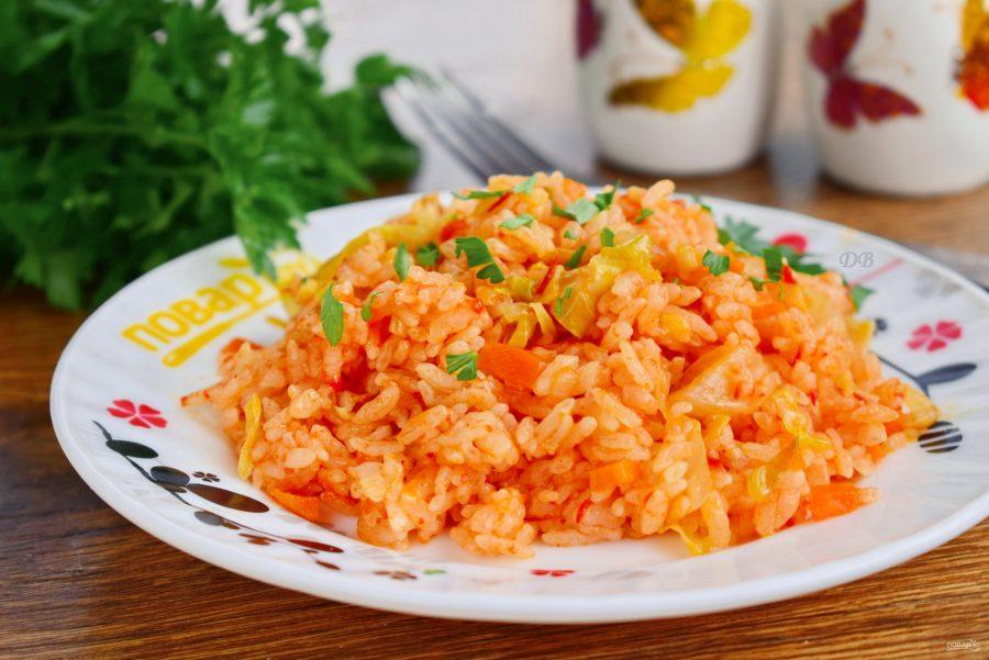 Тушеная капуста с рисом, лаханоризо