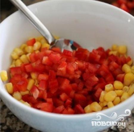 Такос с гуакамоле и кукурузой