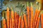 Глазированные пастернак и морковь