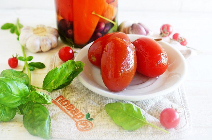 Помидоры с болгарским перцем и виноградом