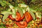 Салат с киноа и кукурузой