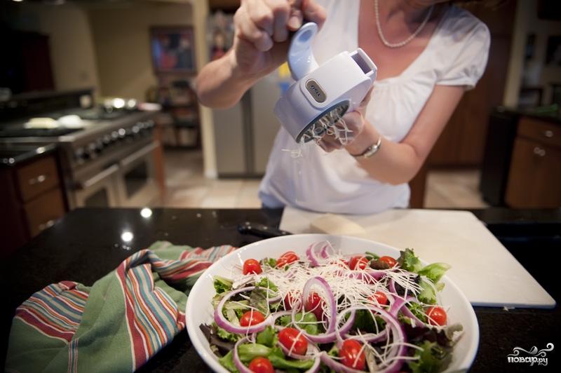 Салат с жареным мясом