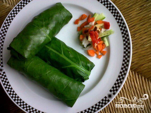 Вегетарианские рулетики из листовой капусты