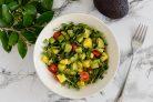 Салат с авокадо и манго
