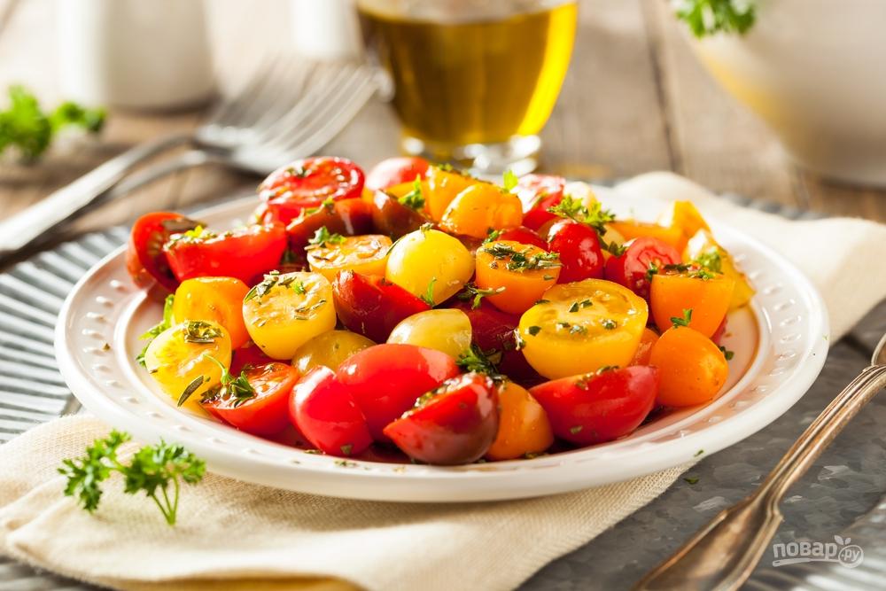 Салат из помидоров черри