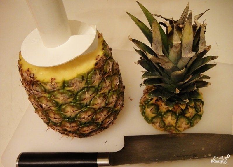 Десерт из свежего ананаса