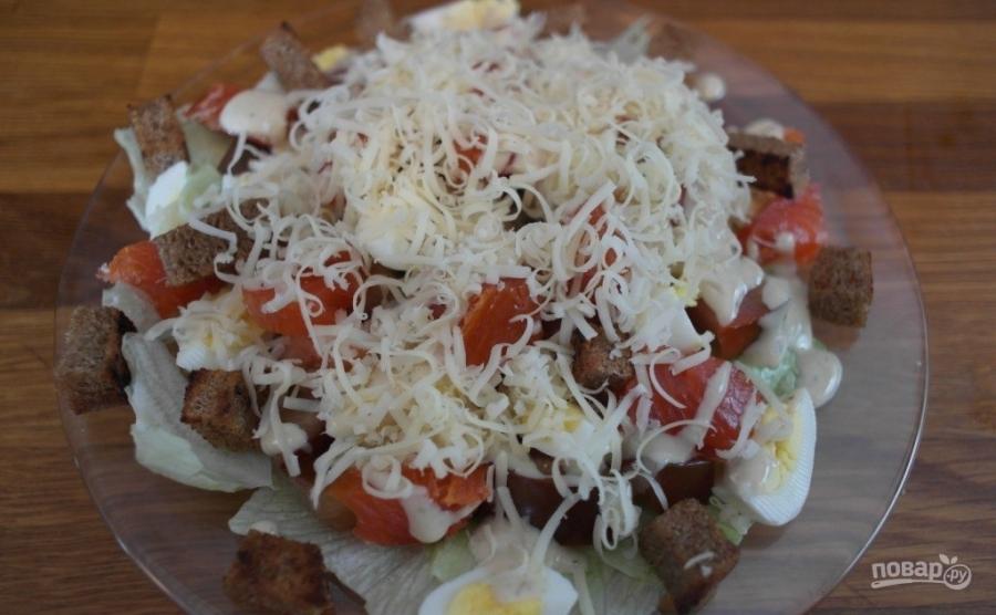 Салат из форели горячего копчения