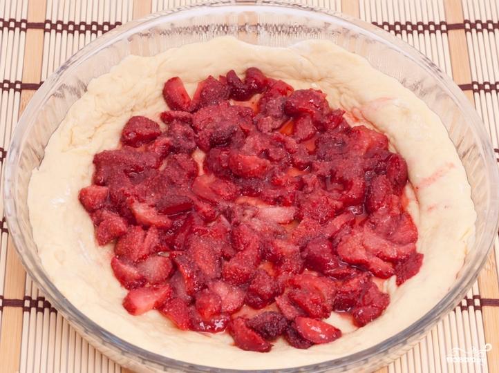 пирог из замороженной клубники рецепт с фото