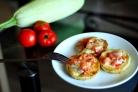 Кабачки, запеченные с чесноком и помидорами