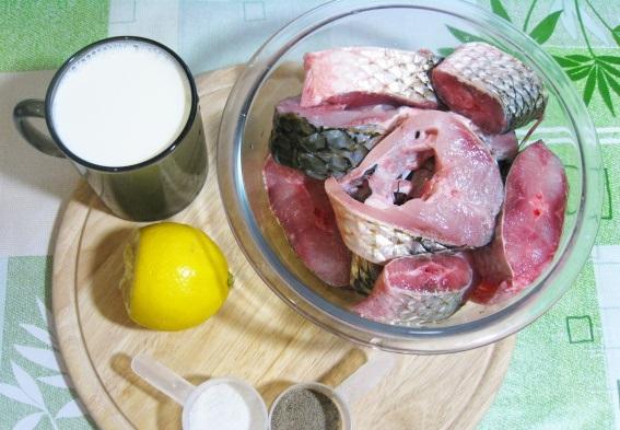Рыба в молоке в духовке