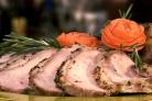 Свинина с шалфеем и чесноком